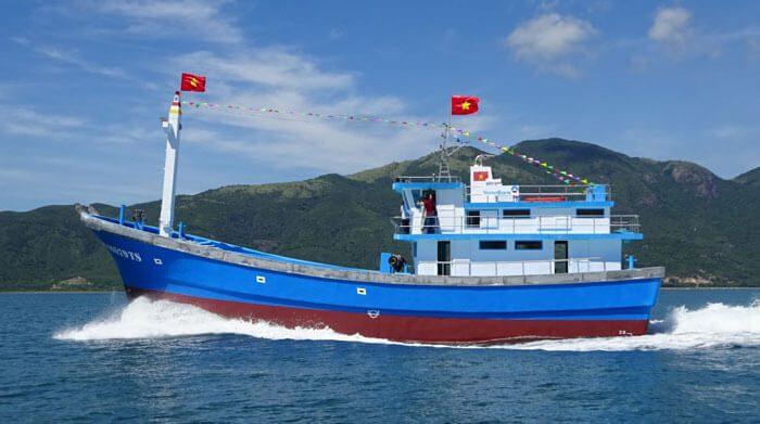lắp đặt thiết bị giám sát hành trình tàu cá